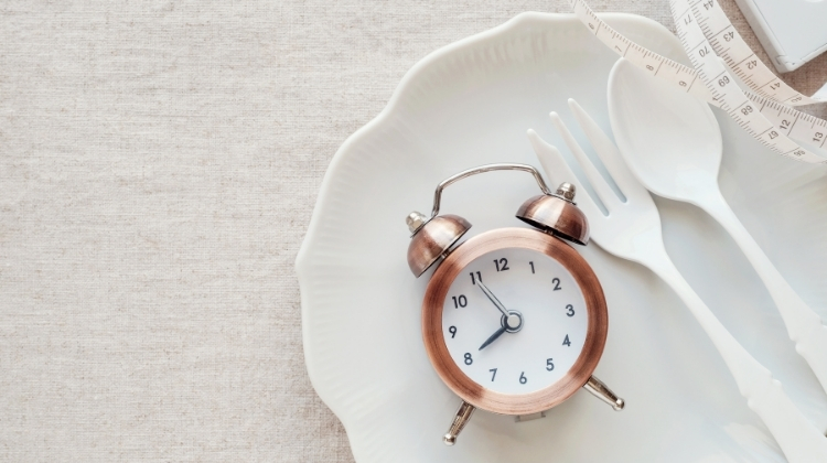 How Intermittent Fasting Helped Me Lose 48 Pounds-1